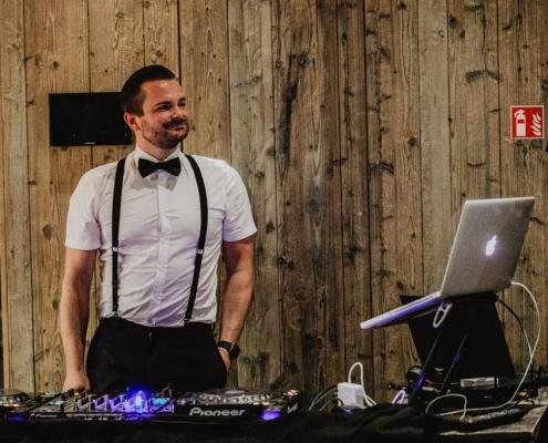 DJ für Hochzeitsfeier in Mannheim buchen